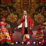 Владимир Девятов на сцене