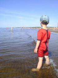детский неопреновый комбинезон для плавания