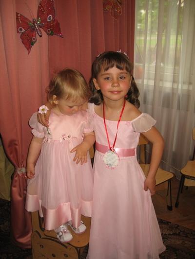 Прическа на выпускной в детском саду