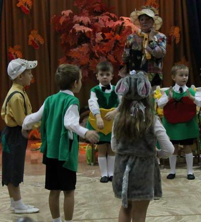 Сценарий на праздник осени в детском саду подготовительная группа