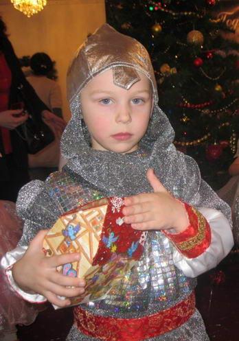 Новогодний костюм богатыря