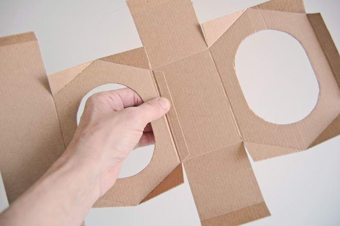 Кормушка своими руками картон 365