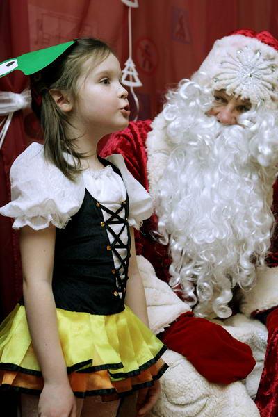 Новый год в детском центре подсолнух