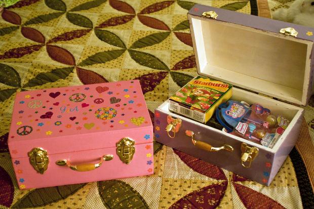 Новогодние подарки для детей в детском саду