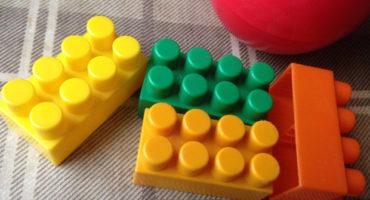 детские сады и игрушки